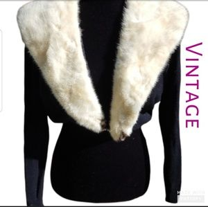 Amazing Vintage sweater with mink collar M